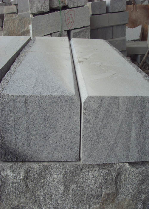 Durable Block Paving Kerbs , Garden Edging Stones Different Finishing Edge